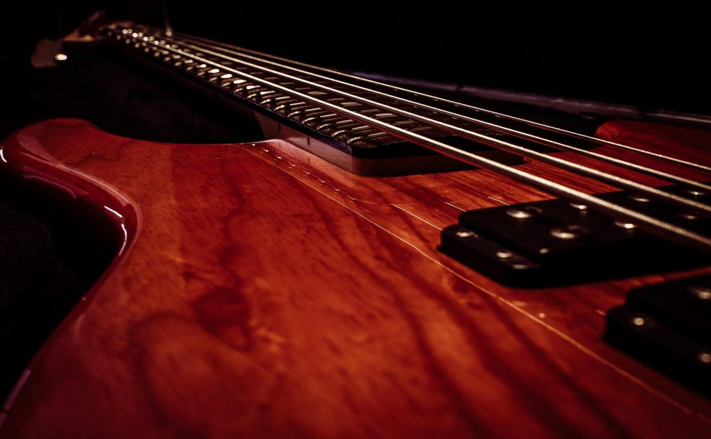 Tips to consider when buying bass guitar